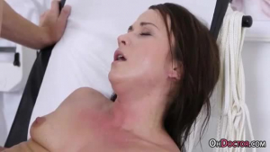 Sweet sexy niki wakes her hungry snatch out of bed