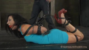 Plain nanny, Austin is sucking dick to pay the security man and earn some cash