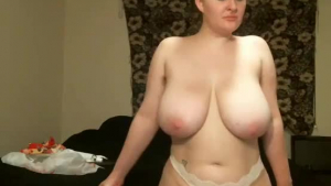 Blonde mature with long hair, Amanda Ivory is deepthroating on web cam with her new lover