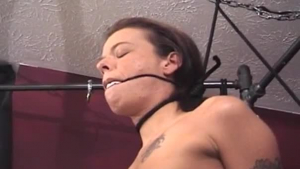 Kinky brunette with big tits and pierced nipples likes to play with her pussy and to get fucked