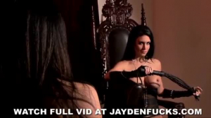 Evelyn Claire and Jessica Jaymes having an orgasm together