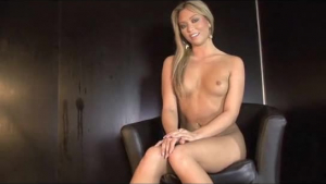Blonde Tori Love wants some hard schlong tonight
