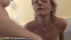 Seductive mature total sucks big and getting horny with her soft pussy