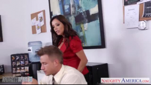 Brunette Nirvana artfully gets nailed in the hall
