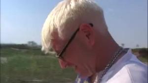 Czech german slut peening in outdoors
