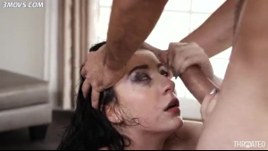 Wetuko Mizue gets soaked after sucking a big schlong on set