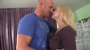 Sarah Vandella hot milf seduces her old man!