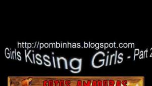 Teen lesbians kissing while masturbating