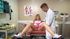 Doctor services sex addicted girlfriend on bodybuilding