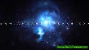 Anna Bell Peaks discovering Rachel Starr