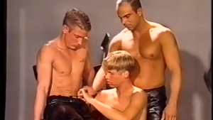 Perfect assed stud rides prick in porn casting.