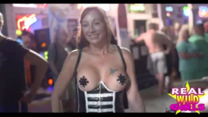 Sexy sluts in strapon.